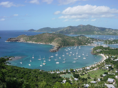 Beautiful bay in Antigua by MacEnsteph.