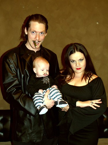Sexy addams family halloween costumes