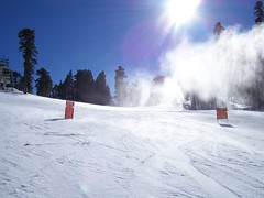 big bear/snow summit (blah blah photos...blah blah blah) Tags: sun snow ski mountains fuji slow wind kodak snowdrift bigbear s3000 snowsummit z740