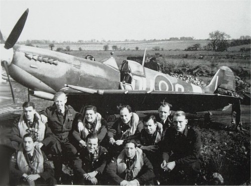 Warbird picture - 485 Squadron, Spitfire