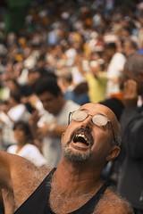 Torcida04 (pessoas aleatrias) (fabiogiolito) Tags: brazil man game men sport brasil riodejaneiro football br rj crowd strangers match cruzeiro jogo esporte futebol maracan torcida fluminense estranhos 400d fabiogiolito