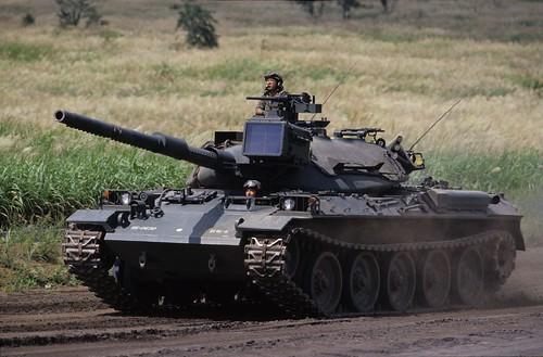 フリー画像| 自動車| 戦車| 74式戦車|        フリー素材|