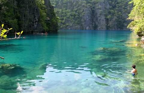 kayangan-lake