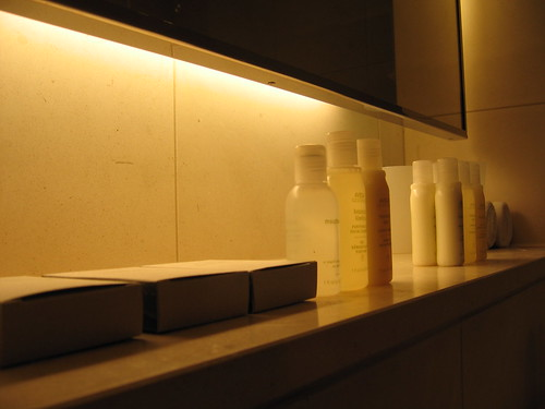 Hotel Josef Toiletries (Aveda)