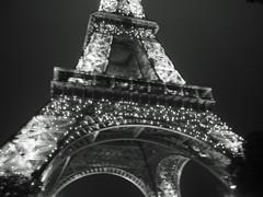 sparkly eiffel tower, b&w