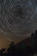 proc4 (Design_Ex) Tags: 05 hautesalpes hautes alpes paca ciel sky montagnes mountains mountain montagne étoiles star stars étoile filé circumpolaire circumpolar arbres trees nuit night dark sombre aout august summer 2016 france sud south couleurs colors extérieur exterior photo photographie photography beautiful light été designex lesorres