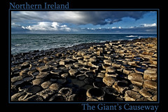 The Giant's Causeway (Payuta Louro) Tags: trip travel ireland sea vacation sky clouds landscape mar photo bravo eire bono cielo nubes ryanair louro 100club irlanda northireland thegiantscauseway specland 50club irlandadelnorte lacalzadadelosgigantes