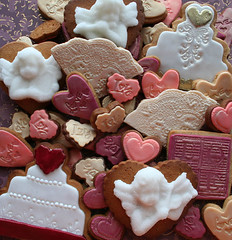 C's Wedding Cookies I (sugar-bliss gnome) Tags: wedding food cookie fondant sweetcandy moldedsugar