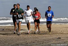 Zeeuwse kustmarathon 2006  EW_035 (Eddy Westveer) Tags: strand marathon zeeland walcheren zeeuwse oostkapelle westveer eddywestveer kustmarathon marathonzeeland marathonzeeland2006 zeeuwsekustmarathon 2006eddy wwweddywestveercom