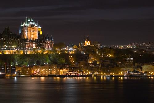 Vieux Québec la nuit by Djof