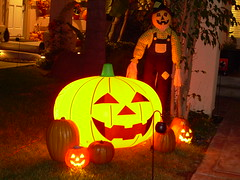 Halloween 2006 (Terry.Tyson) Tags: home halloween pumpkins scarecrow sanclemente lasposas