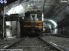 Tnel de enlace entre Lneas C y E (Subtes - www.enelSubte.com) Tags: city public argentina train underground subway tren construction buenosaires metro rail ciudad transit construccion estacion latinoamerica rails subte subterraneo subterraneos subtes