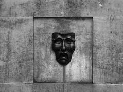 Black Pain (Andrea_b.) Tags: bw fountain scotland pain mask bncitt