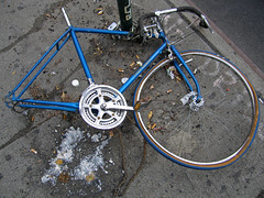 Free Spirit with Vomit (jschumacher) Tags: nyc bicycle lowereastside huffy freespirit abandonedbicycle