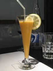 Sorbete de naranja y cava