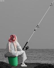 mazaaaj (Khalid AlHaqqan) Tags: sea fish fishing rod kuwait q8 shmagh