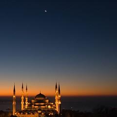 Blue Mosque (sunrisesoup) Tags: istanbul turkey turkiye bluemosque mosque civiltwilight penumbra sunrise sultanahmet türkiye sunrisesoup moon bluehour muse