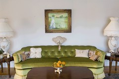 Green Couch (rollergirl PRG) Tags: old green gourds painting nikon furniture antique retro livingroom couch sofa lamps d200 coffeetable grandmashouse endtables