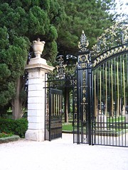 "door through the collins gate • <a style=""font-size:0.8em;"" href=""http://www.flickr.com/photos/70272381@N00/308990492/"" target=""_blank"">View on Flickr</a>"