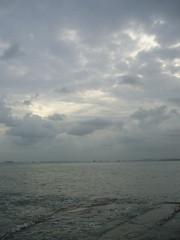 east coast park (whoduh) Tags: seasky cloudsecp