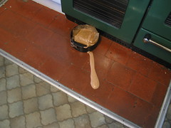 Cake error (Stephen Fulljames) Tags: birthday kitchen cake error accident chocolate 2006 spilled cakeerror