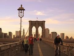 (pijus) Tags: city nyc newyorkcity cidade usa ny newyork brooklyn america atardecer dawn colours ciudad icon colores brooklynbridge icono ciutat nuevayork eeuu novayork