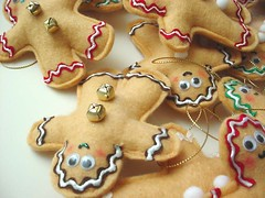 Wee, Come Play with me! (Warm 'n Fuzzy) Tags: xmas holiday cute cookies decoration gingerbread craft ornaments kawaii accessories etsy warmnfuzzy warmnfuzzynet