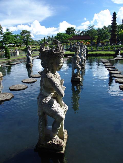 Bali lake palace