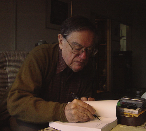 Donald Keene at home: Tokyo, 2002