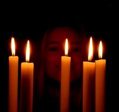 Buon natale a tutti!! (rumer.cri) Tags: christmas selfportrait me navidad autoretrato autoritratto natale rumer candele
