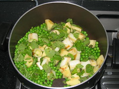 Leeks, potatoes, peas and mint