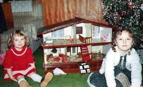 Jenny's Christmas Dollhouse