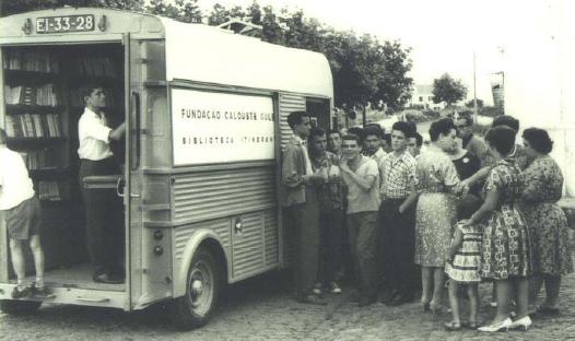 Santa Nostalgia: A Biblioteca Itinerante da Gulbenkian