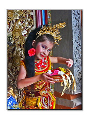 Princess Kirana (Zudzowne) Tags: portrait bali cute girl indonesia costume pretty princess culture kirana zudzowne patrickbeintema