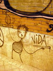 grafitti el dinero o la vida