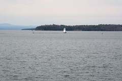 Lake Champlain (Jomtois) Tags: trip lake field burlington class champlain