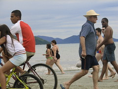 Trfego (talitaabrantes) Tags: praia maranduba trfego