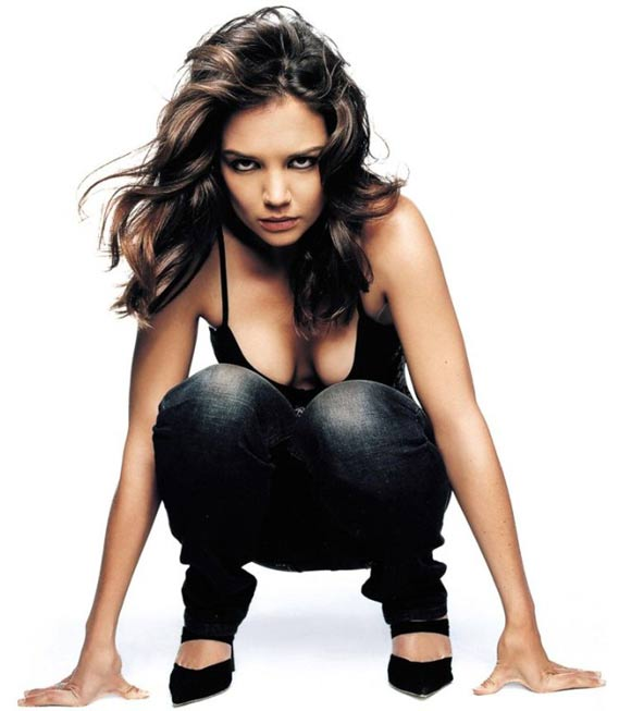 Katie Holmes in Sexy Black Color