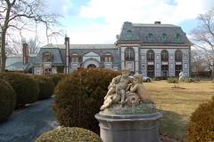 Belcourt Castle