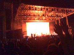 Roger Waters Live (mylk™) Tags: cameraphone india concert live bombay waters roger n80 mumbai mofo bandra kurla mmrda