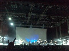 Roger Waters Live (mylk™) Tags: cameraphone india concert live bombay waters roger n80 mumbai mofo bandra darksideofthemoon kurla mmrda