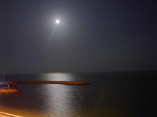 luna de agosto by jorgearquero
