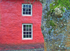 Colourful Cottage... (welshlady) Tags: red wales memorial cottage cardiff 100views historical 200views bandstand stfagans museumofwelshlife standingovation helluva captainscott blueribbonwinner welshlady 10faves 25faves mywinner abigfave shieldofexcellence welshflickrcymru
