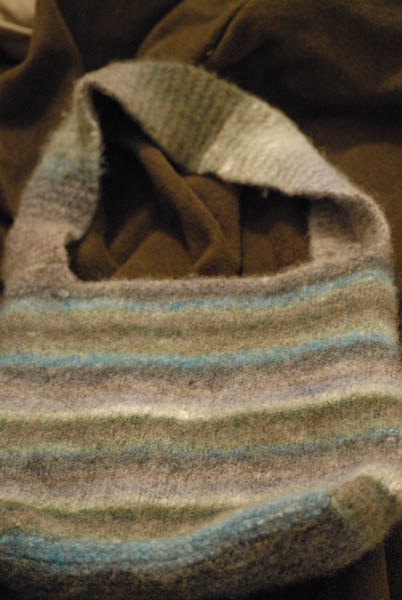 felted_bag_noro_ip2