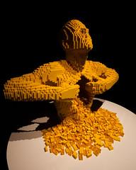 . (Livietta) Tags: lego fabbricadelvapore milano milan statua statue giallo yellow mostra exposition