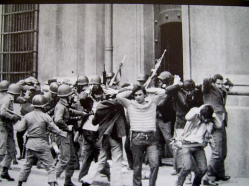 Imagenes que impactaron nuestra historia contemporanea. (Nacional e Internacional) 320153959_77c2d5a495