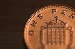 One English Penny (Dusty V) Tags: test money macro closeup coin nikon d70s penny nikkor 105mmvrmicronikkor