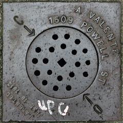 drain (Leo Reynolds) Tags: canon eos 350d iso400 drain cover 40mm f71 squaredsquare 0006sec 1ev hpexif groupmanholecovers xsquarex xleol30x xratio1x1x xxx2006xxx