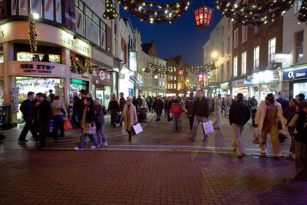 Christmas Shopping - Grafton street