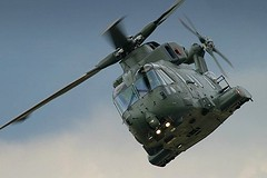 Military helicopter AgustaWestland EH101 Merlin (Greg Bajor) Tags: uk greatbritain england army lights fly flying display unitedkingdom britain aircraft aviation military air great flight kingdom helicopter merlin british gregory defence farnborough raf birdlike eh101 bajor agustawestland aplusphoto gregbajor